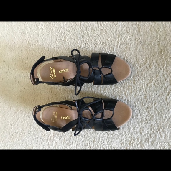 ffd30177002f Clarks Shoes - NWOT Helio Mindin Wedge Sandals